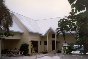 RSS-simple-roof-house-front